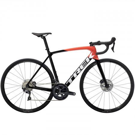 Vélo route Trek Emonda SL 6 Disc noir rouge 2021